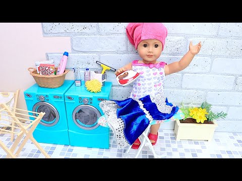 AG Doll Cleaning Routine With Laundry Washing Machine - Play Dolls!