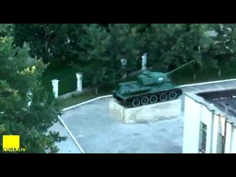 Armata Moldovei: 2 tancuri pe postament