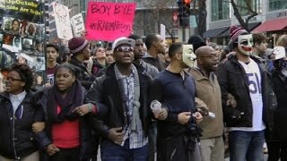 Raw: Protests Following Chicago Mayor's Apology