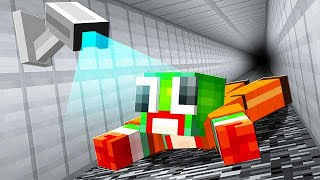 ESCAPING PRISON X DEADLIEST PRISON IN MINECRAFT!