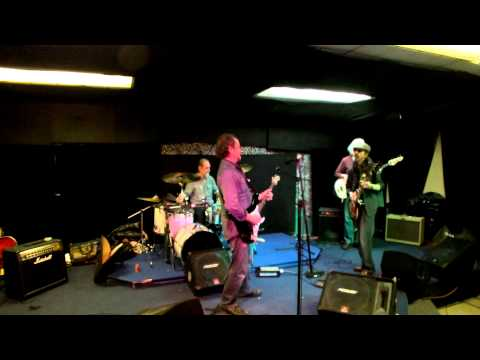 Open mic Rhythm n Blues jam at Maverick studios
