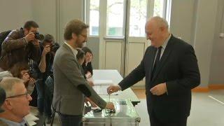 François Asselineau a voté à Paris