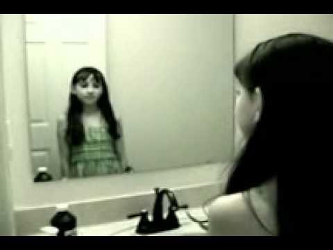Fantasma della ragazza nello specchio - YouTube