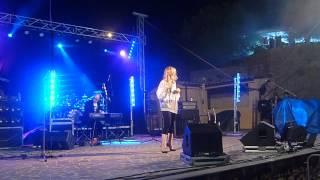 """Alexia canta """"Il mondo non accetta le parole"""", live a Orroli (CA)"""