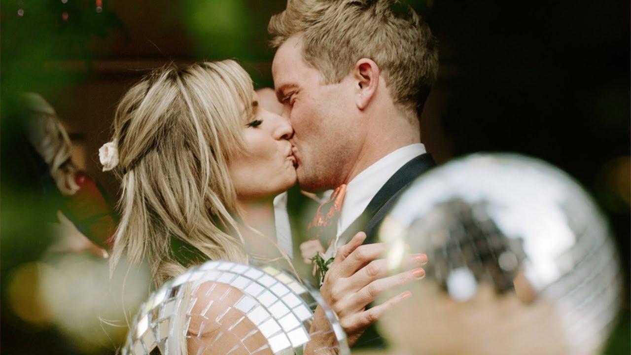 Alexa & Chuck   New Vintage Disco-Inspired Wedding