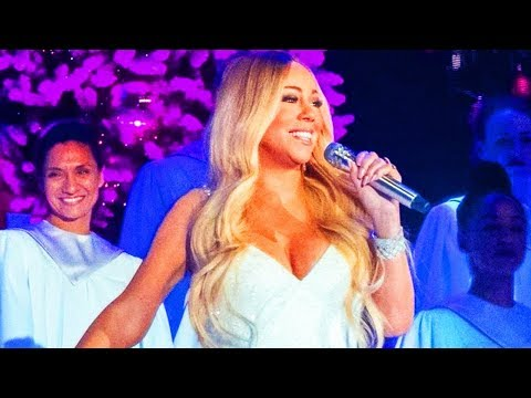 Mariah Carey - SLAYS Joy To The World Intro Vocal Showcase 4th Dec 2018