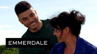 Emmerdale - Nate Tries to Kiss Moira in Public | PREVIEW