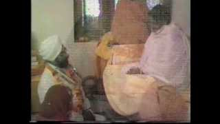 Sri Ma Anandamayi seen in 4 miscellaneous short videos taken in 1981