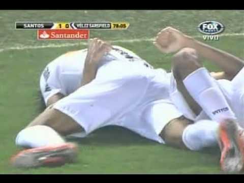 Golazo de Alan Kardec de Santos (4to) en Copa Libertadores esta vez a Velez