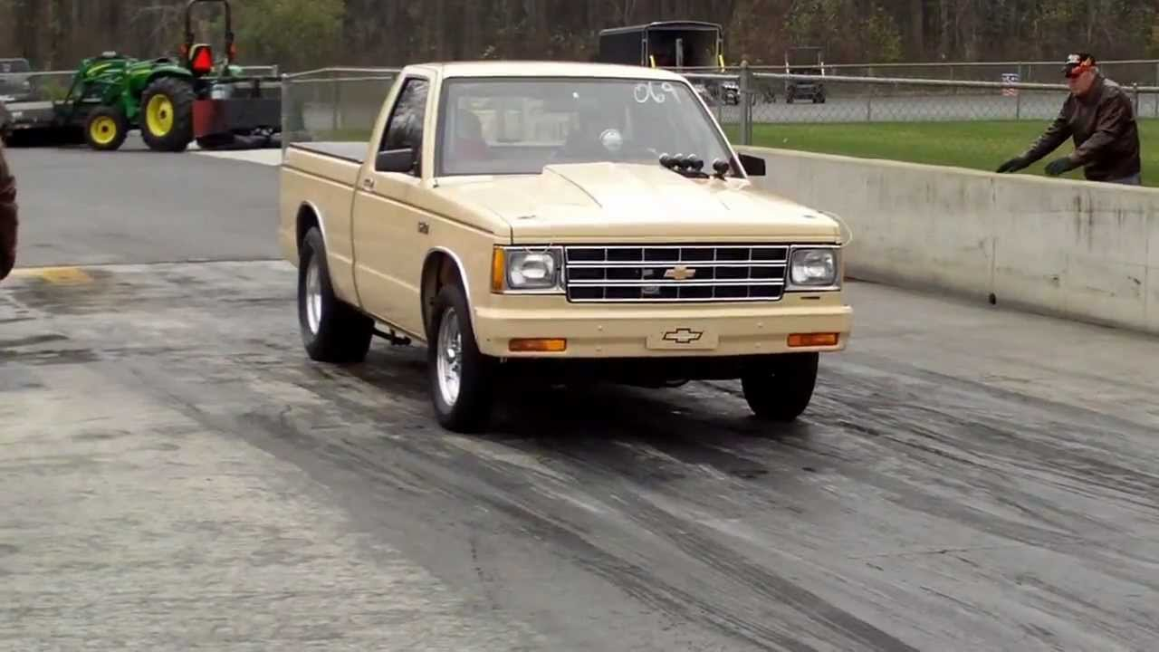 S10 Pickup Drag Race 1983 Small Block Coached By Jerry