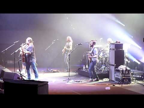 Tenacious D - Pinball Wizard/There´s a Doctor/Listening to you (live @ Hamburg 2012) mp3