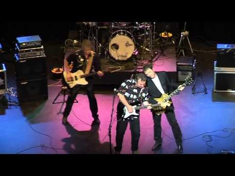 Lady Jay - Southend 27.4.09 - Martin Turner's Wishbone Ash