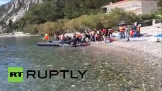 Greece: Undocumented migrants continue to arrive on island of Samos(A small boat carrying dozens of immigrants arrived to the coast of the Greek island of Samos, Monday, where the emergency services helped them ashore ..., 2015-08-03T15:04:51.000Z)