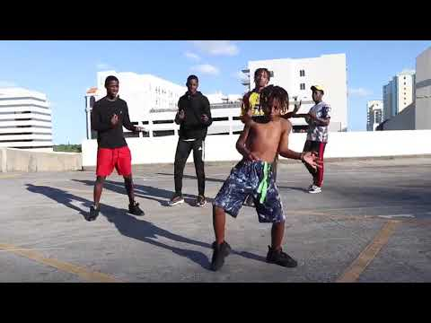 Lil Nasx- Old Town Road (feat. Billy Ray Cyrus) (Official Dance Video)
