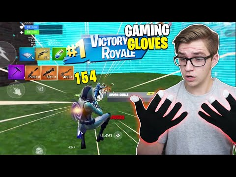 I Used GAMING GLOVES On Fortnite Mobile... (they Turned Me Into A GOD)
