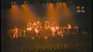 Genesis   -  12-6-81   -   Like It Or Not   -   Toronto   -   Maple Leaf Gardens