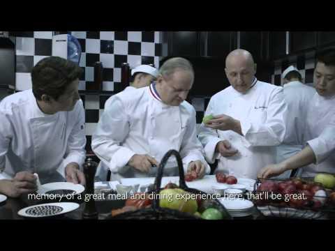 Dining at Resorts World™ Sentosa - Joël Robuchon Restaurant