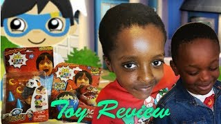 RYAN TOY REVIEW  SPINZALS, GOB SMAX LAUNCHER