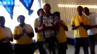 OLIEVEN GOSPEL CHOIR-NDIMANDIZIBIZA UKUTHI NDENZENJANI