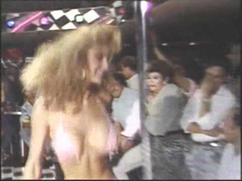 Hot Body's Mini Skirt Contest Puerto Vallarta 1991 from YouTube · Duration:  31 seconds