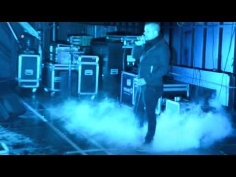 Spacemusic Macro Karaoke Adrián - Y como es él