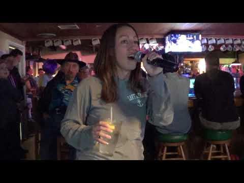 Kristin - Killing Me Softly - Chesterfield Inn Karaoke