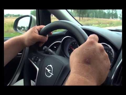 Наши тесты - Ford Focus III VS Opel Astra