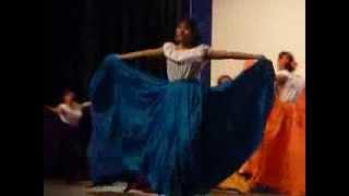 Folklorico dance