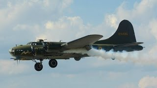 (Air 14) RARE!!! Boeing B-17  Flying Fortress display