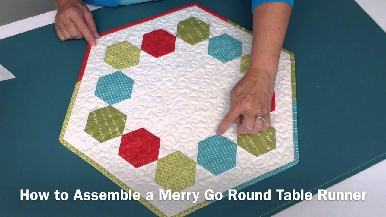 Terryu0027s Tips: Merry Go Round Table Runner