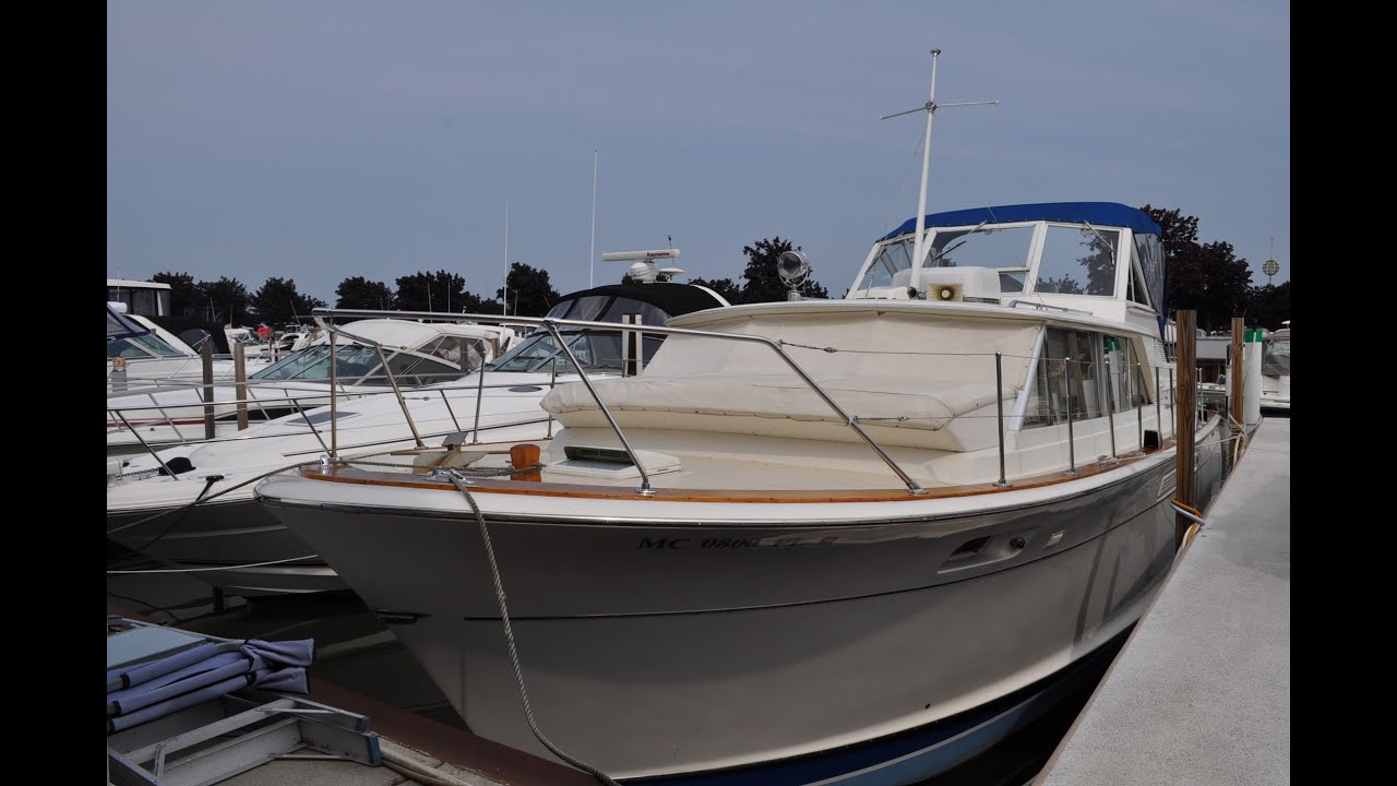 1968 Chris Craft 42 Commander -- SOLD
