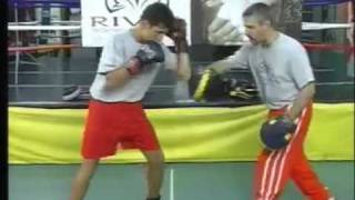 Video Rival Boxing Gear -  Straight right hand to the body download MP3, 3GP, MP4, WEBM, AVI, FLV November 2017