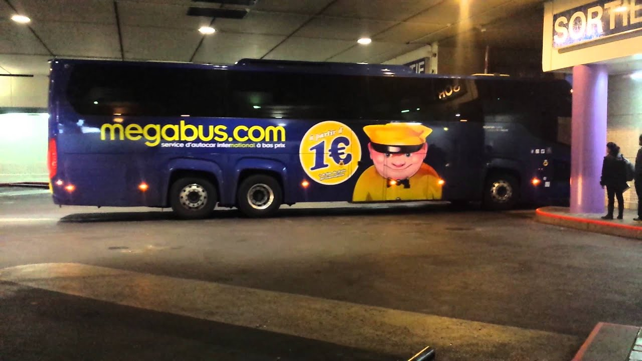 Megabus Sleeper Edinburgh To London Greyhound Vs Megabus