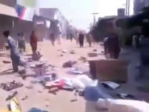 muslims mob looted hindu shops and burn the temple in pakistan