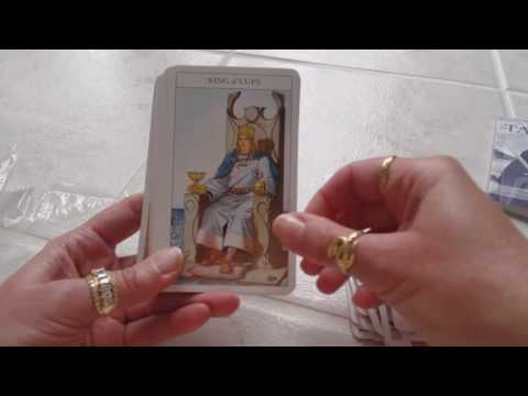 Traceyhd's Review Of The Sharman Caselli Tarot