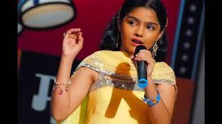 marathi-actress-aarya-ambekar-singer-photos
