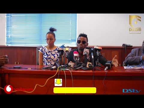 Wasanii DIAMOND PLATNUMZ na NANDY waomba msamaha mbele ya TCRA/ Diamond: Mimi ni bingwa wa KIKI thumbnail
