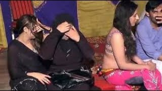 Dr Aima khan hot and sexy new mujra new looking desii dance