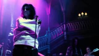 Dark Shadows - Clip Alice Cooper Parte 2