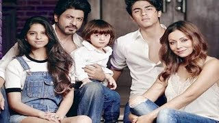 Shahrukh Khans Official FAMILY Photoshoot is going VIRAL