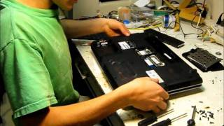 How To Fix The Click Buttons On a Toshiba Satellite L455 S5975 Laptop