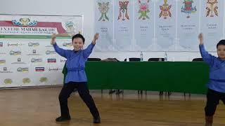 Бурятские дети зажигают под корейскую музыку