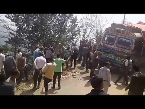 TRUCK ClOSE INCIDENT GOING TO HAPPENS