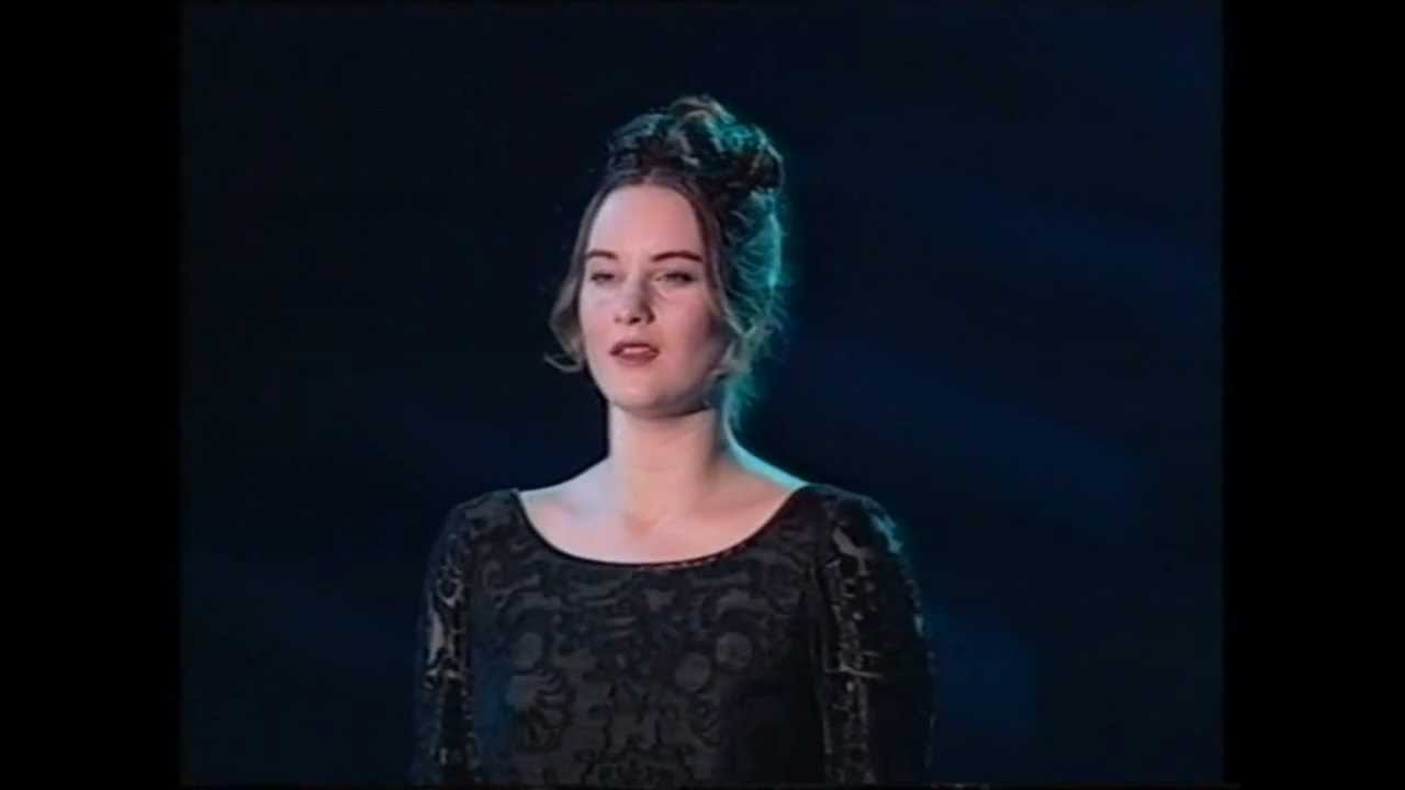 anuna-cloudsong-riverdance-1995-nh6music