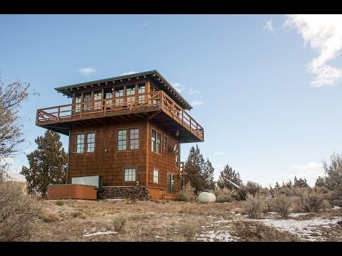 Forest Fire Tower house [Small House Ideas - MIDCOM]
