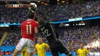 Olsen blir liggandes efter duell med Bale - TV4 Sport