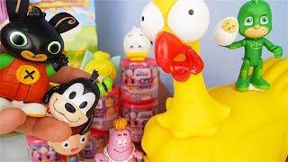 TROVA le UOVA EMOJI 😍 Chi riuscirà a scartare gli Squishy Disney Mashems? [Apertura giochi]