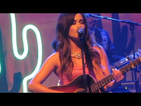 Kacey Musgraves - Stupid (Live in Glasgow)