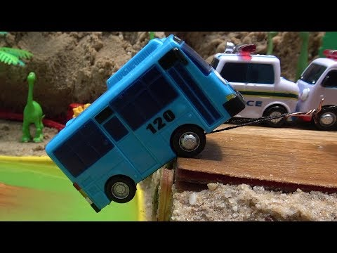 Thumbnail: Tayo Bus in Real Life! Tayo bus falls into River. The Little Bus Tayo be careful