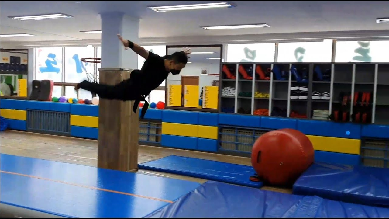 특공무술 즐거운 유단자 수련!!^^(기계체조) joyful tumbling training of martial arts trainees